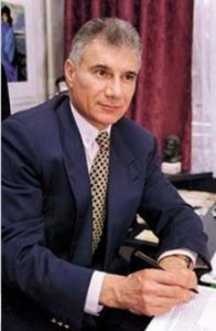 Dr PHD Kavinson Gerontológus Professzor
